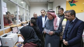 العمادي يعلن موعد وتفاصيل صرف المنحة القطرية للأسر الفقيرة في غزة