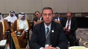 بعد إصابته بـ (كورونا).. الرئيس عباس يطمئن على صحة السفير دياب اللوح