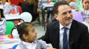 الاحتفال باليوم الأول في العام الدراسي الجديد: طلبة الأونروا في غزة يعودون إلى المدرسة