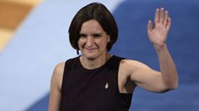 الفائزة بجائزة نوبل في الاقتصاد تأمل أن تكون مصدر إلهام للنساء
