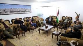 """لقاء وفدي حماس و""""الديمقراطية"""" بغزة"""