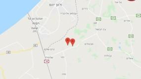 """صفارات الإنذار تُدوي بـ""""غلاف غزة"""" أثناء زيارة غانتس وهروبه للملاجئ"""