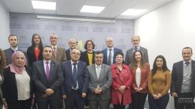 أبو سيف يطلع عدداً من السفراء على التحضيرات لبيت لحم 2020