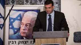 حفيد رابين كاسرا الصمت ويتمنى إصابة نتنياهو بكورونا: من يكذب يستحق!