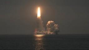 أمريكا تختبر صاروخًا باليستيًا عابرًا للقارات يحمل ثلاثة رؤوس نووية