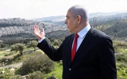 نتنياهو: الضم لا يزال على جدول الأعمال وينتظر الموافقة الأمريكية..وصحفي إسرائيلي يراه ذريعة فشل