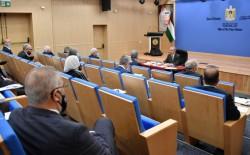 """تعزيز الجهود التنموية بغزة.. مجلس الوزراء برئاسة اشتية يصدر قرارات """"مهمة"""""""