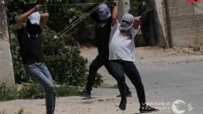 إصابات برصاص الاحتلال والعشرات بالاختناق خلال قمع جيش الاحتلال لمسيرة كفر قدوم الاسبوعية
