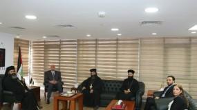 السفير دياب اللوح يستقبل رئيس الكنيسة الأرثوذكسية الفلسطينية بالولايات المتحدة الأمريكية