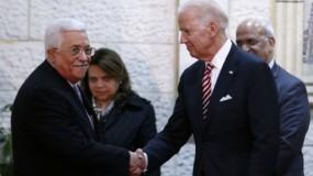 """الرئيس عباس لـ """"بايدن"""": نتطلع للعمل سوياً من أجل السلام والاستقرار بالمنطقة والعالم"""