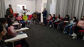 """جمعية السنونو للثقافة والفنون وبالتعاون مع مجلس التعاون الألماني GIZ  تنفذ مشروع """"إستمتع في حياتك بالموسيقى"""""""