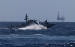 برشقةٍ صاروخيةٍ.. كتائب القسام تعلن استهداف بارجة إسرائيلية قبالة شواطئ غزة