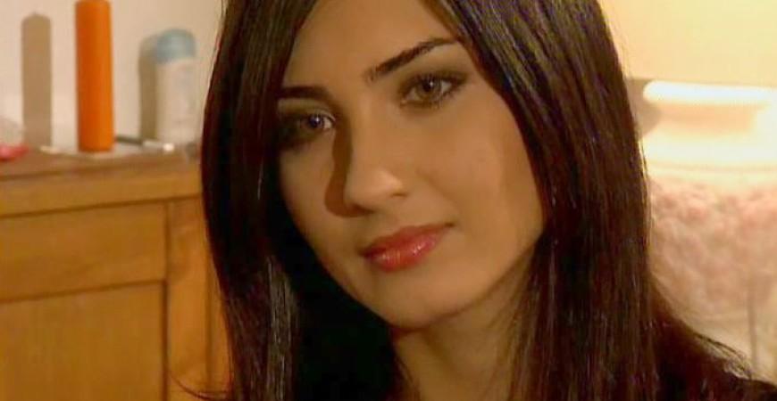 النجمة التركية « توبا بيوكستون » المعروفة في العالم العربي ب « لميس »