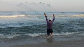 إغلاق بحر غزة أمام الصيادين خلال أيام عيد الأضحى