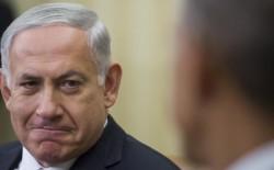 """رئيس وزراء الاحتلال يخضع لمحاكمة """"تاريخية"""" وهو في منصبه"""