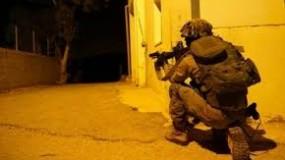 جيش الاحتلال يقتحم شمال الخليل والعيساوية ويعتقل صحافيين