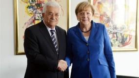 ميركل للرئيس عباس: لا طريق للسلام إلا عبر حل الدولتين