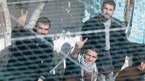 """محكمة """"عوفر"""" تمدد توقيف مدير """"هيئة الأسرى"""" في رام الله لمدة أسبوع"""