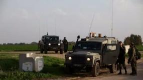 قوات الاحتلال تطلق قنابل الغاز نحو المزارعين جنوب قطاع غزة