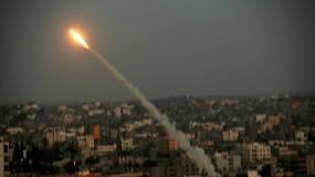 حماس تطلق صاروخاً تجريبياً من غزة تجاه البحر