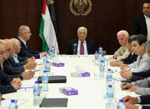 اللجنة التنفيذية : القيادة ستعتبر الاتفاقيات الموقعة مع الاحتلال قد انتهت