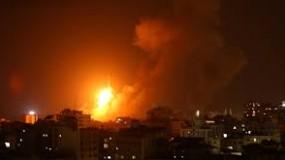 الاحتلال يقصف عدة مواقع في قطاع غزة ...القبة الحديدية تعترض صاروخين في بئر السبع